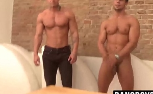 Muscular hunks sex-crazed and uncovered compete in arm wrestling 080p
