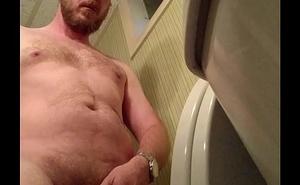 Naked sponger pissing on privy cam