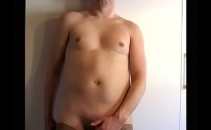 gay sissy posing and jerking in stayups