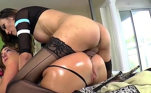 Dominant shemale Venus Lux throat and anals sub Savannah Fox