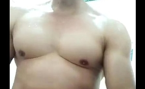 sục cặc với cha gi&agrave_ c&oacute_ vợ- cumshot with my dimension to father vietnam gays big cock