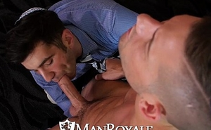 ManRoyale - Andy Banks Fucks on Passover
