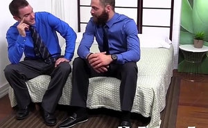Cameron sucks his toes as muscular Tommy Defendi masturbates
