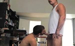 Maduro sendo mamado