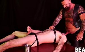 BEARFILMS Tattooed Bear Barebacks Together with Deepthroats Dishonourable Gay